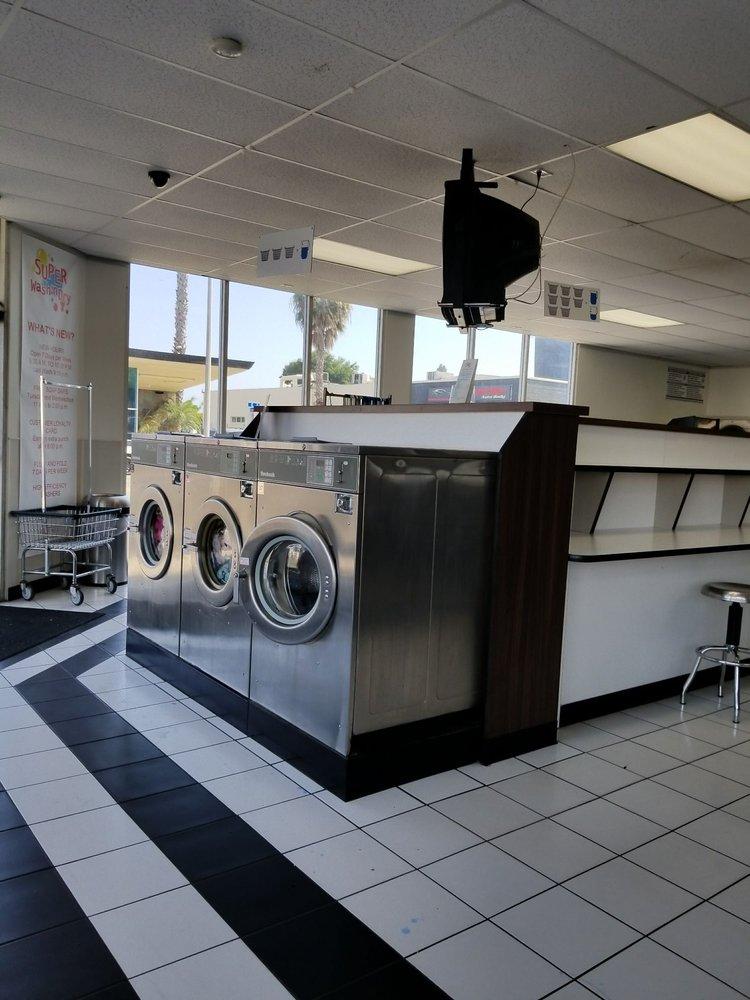 Super Wash 'n Dry Laundromat: 360 E St, Chula Vista, CA
