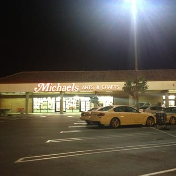 Need to know what time Michaels in Camarillo opens or closes, or whether it's open 24 hours a day? Read below for business times, daylight and evening hours, street address, and more. Located in 49 states, Michaels retail stores specialize in arts and crafts supplies.