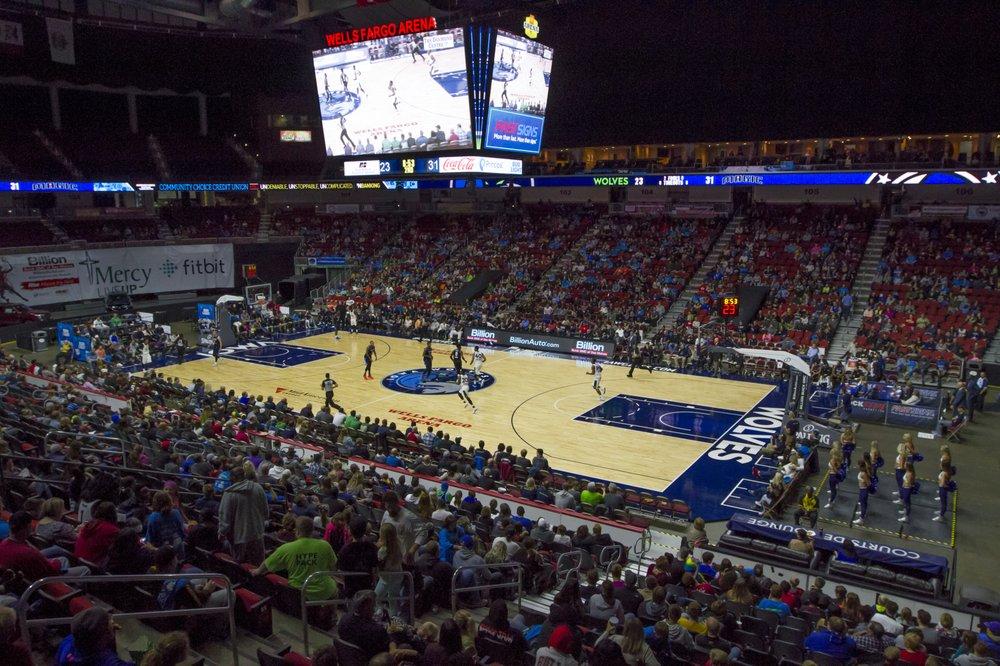 Iowa Wolves: 730 3rd St, Des Moines, IA