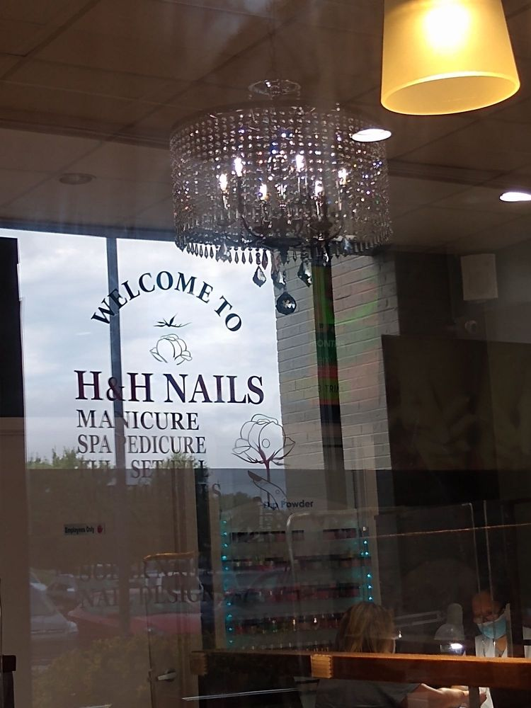 H & H Nails: 2425 Scottsville Rd, Bowling Green, KY