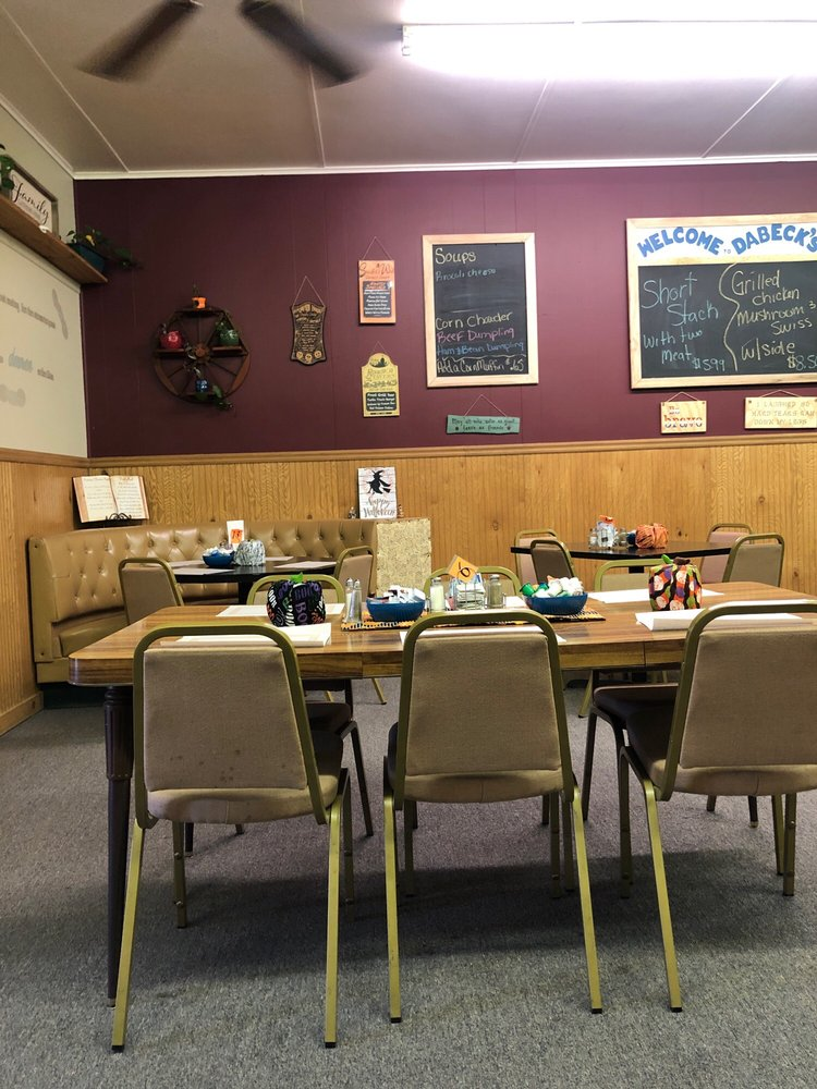 Dabeck's Eatery & Catering: 119 W Genesee St, Iron River, MI