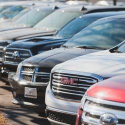 Gmt Auto Sales >> Travers Gmt Auto Sales 31 Photos 10 Reviews Car Dealers 225