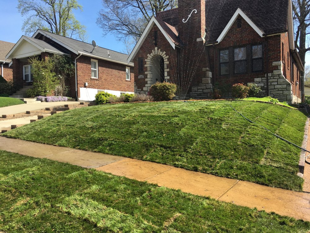 Complete Lawn Care: 5735 Fee Fee Rd, Hazelwood, MO