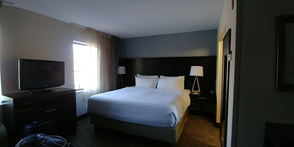 Staybridge Suites Chantilly Dulles Airport: 3860 Centerview Dr, Chantilly, VA