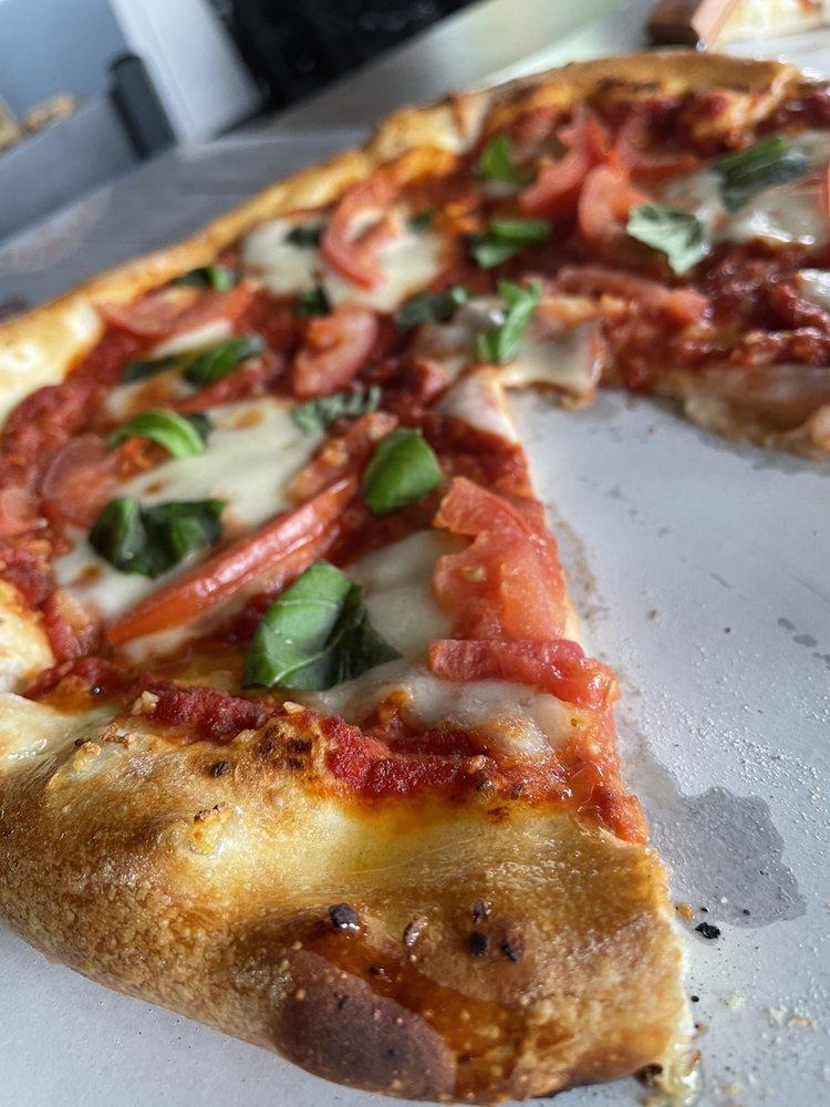 Tawas Bay Pizza Co: 115 E Lake St, Tawas City, MI