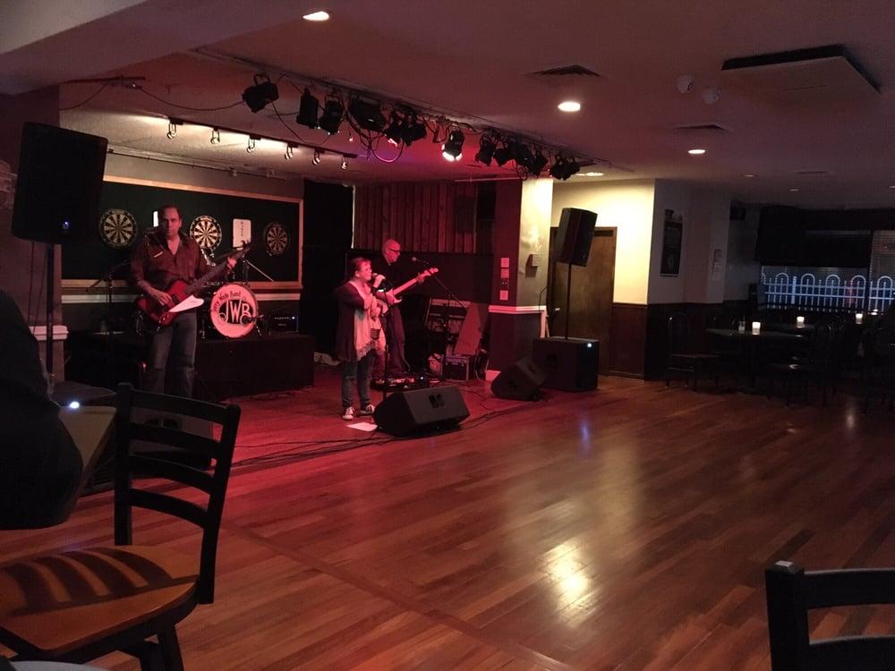 Addy's Bar & Grill: 10820 Balls Ford Rd, Manassas, VA