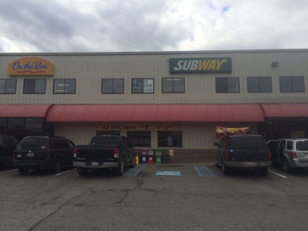 On The Run: 5151 N Fork Rd, Elliston, VA
