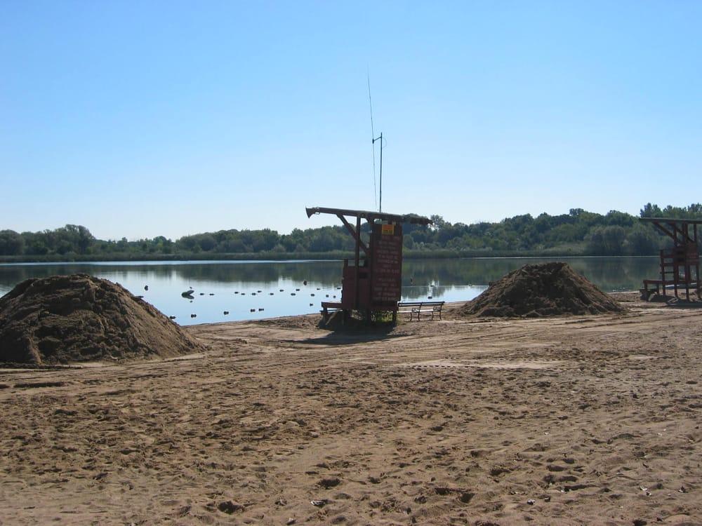 Beach sandhills yelp for Fish lake camping