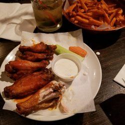 Photo Of Dining Room   Brooklyn, NY, United States. The Horrible Buffalo  Wings