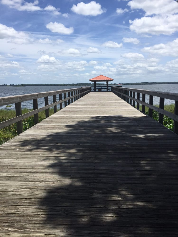 Griffin Stormwater Park: S Lakeshore Bvd, Howey in the Hills, FL