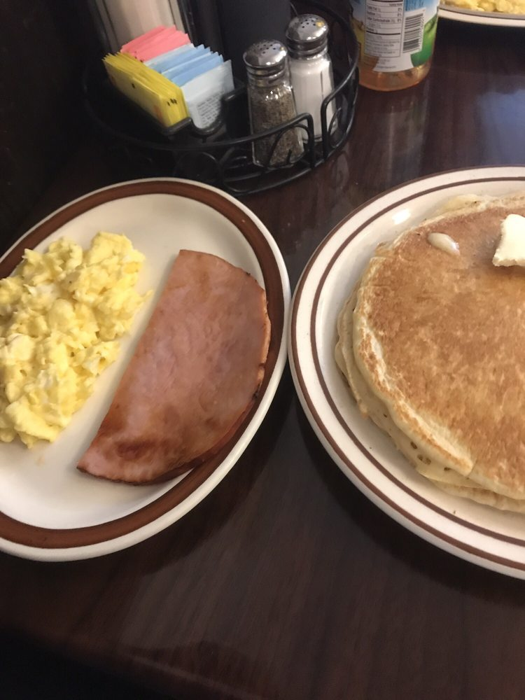 Woody's Country Kitchen: 85 Main St, Andes, NY