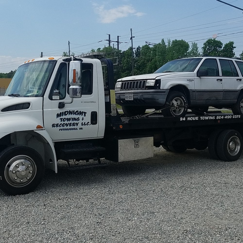 Midnight Towing & Recovery: Colonial Heights, VA