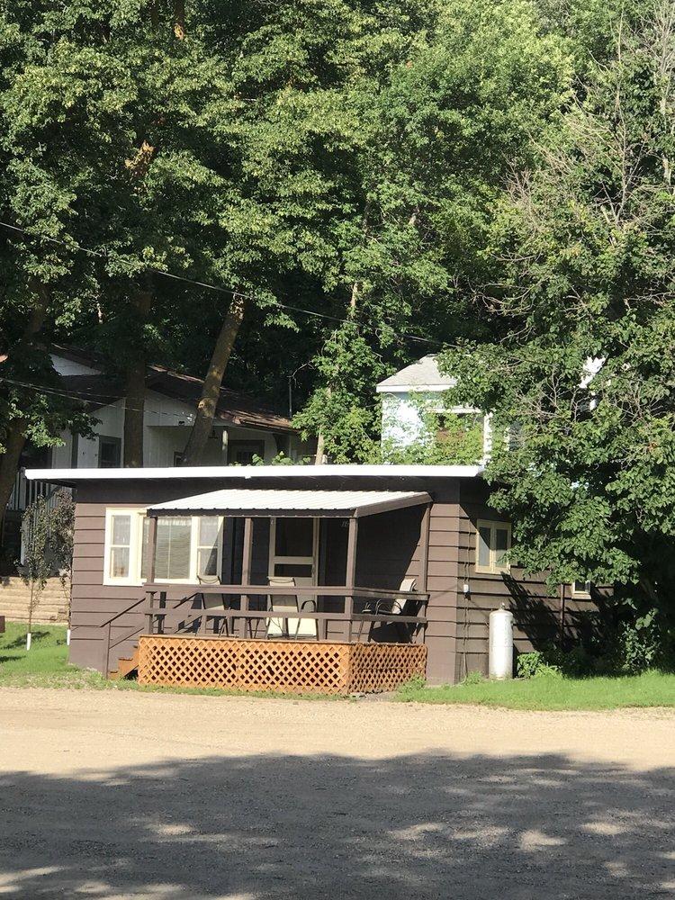 Pickerel Lake Lodge: 1489 Webster Blvd, Grenville, SD