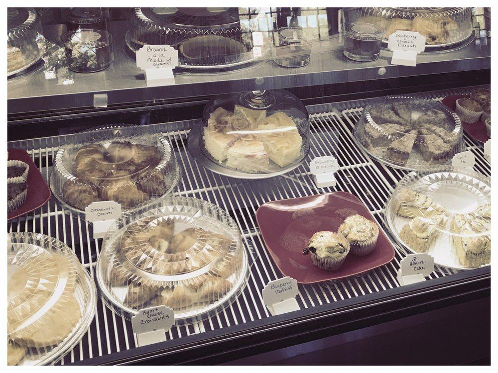 C'est Bon Cafe & Patissarie: 7610 Heths Salient St, Spotsylvania, VA