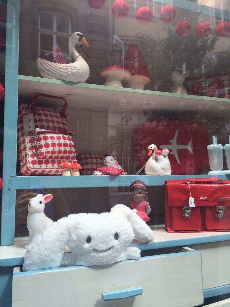 le petit souk magasin de jouets 113 grand rue. Black Bedroom Furniture Sets. Home Design Ideas