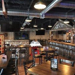 Arlington Ale House 51 Photos 66 Reviews Beer Bar 111 W