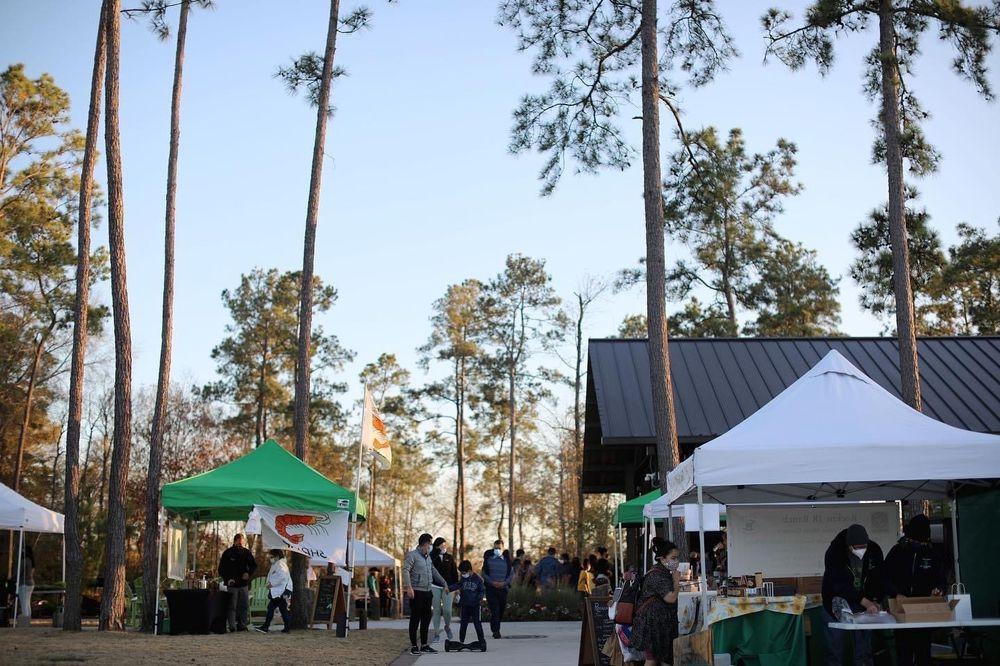 The Groves Marketplace: 11939 Madera Run Pkwy, Atascocita, TX
