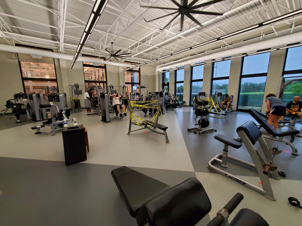 Carpenter Park Recreation Center: 6701 Coit Rd, Plano, TX