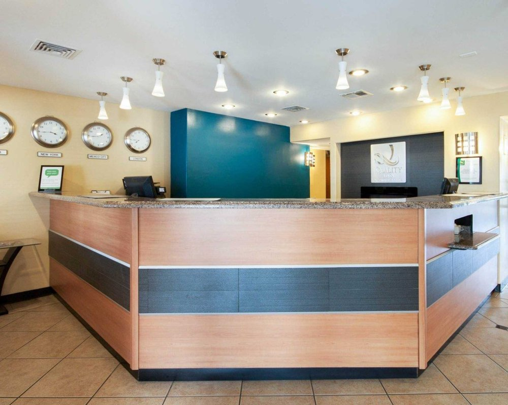 Quality Inn Airport East: 900 Yarbrough Dr, El Paso, TX