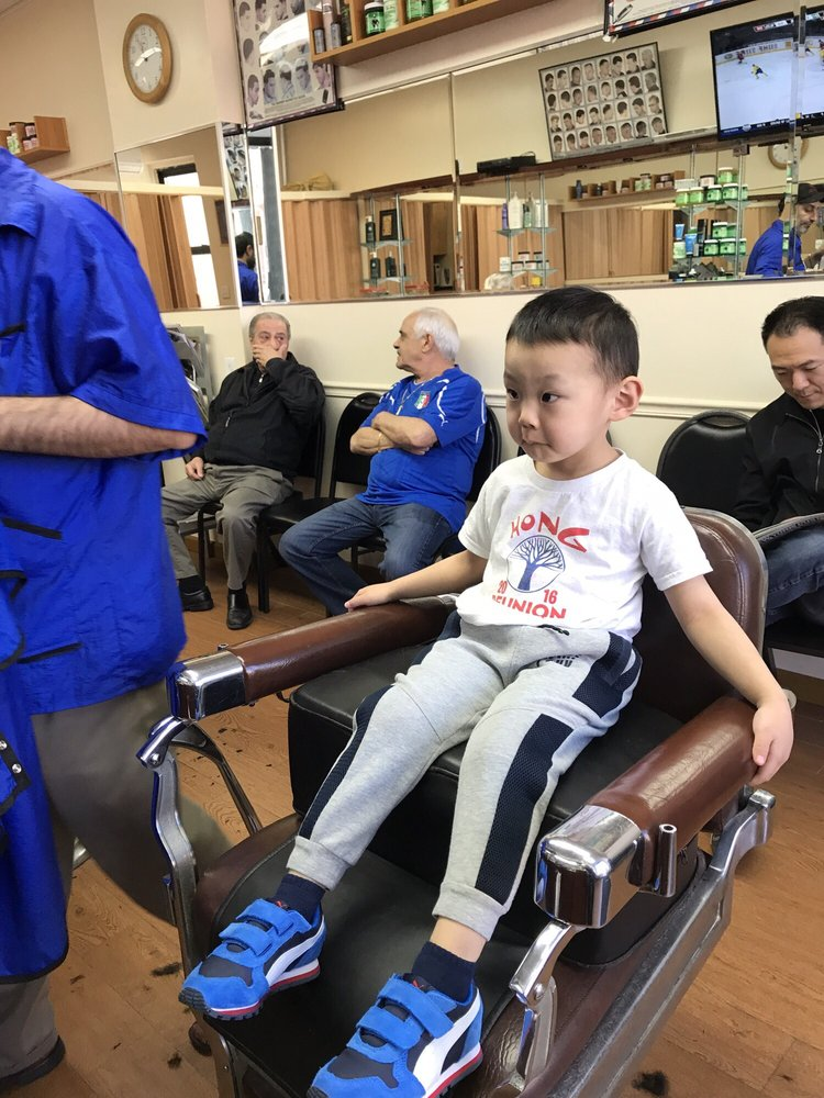 Boris Barber Shop: 1076A Neill Ave, Bronx, NY