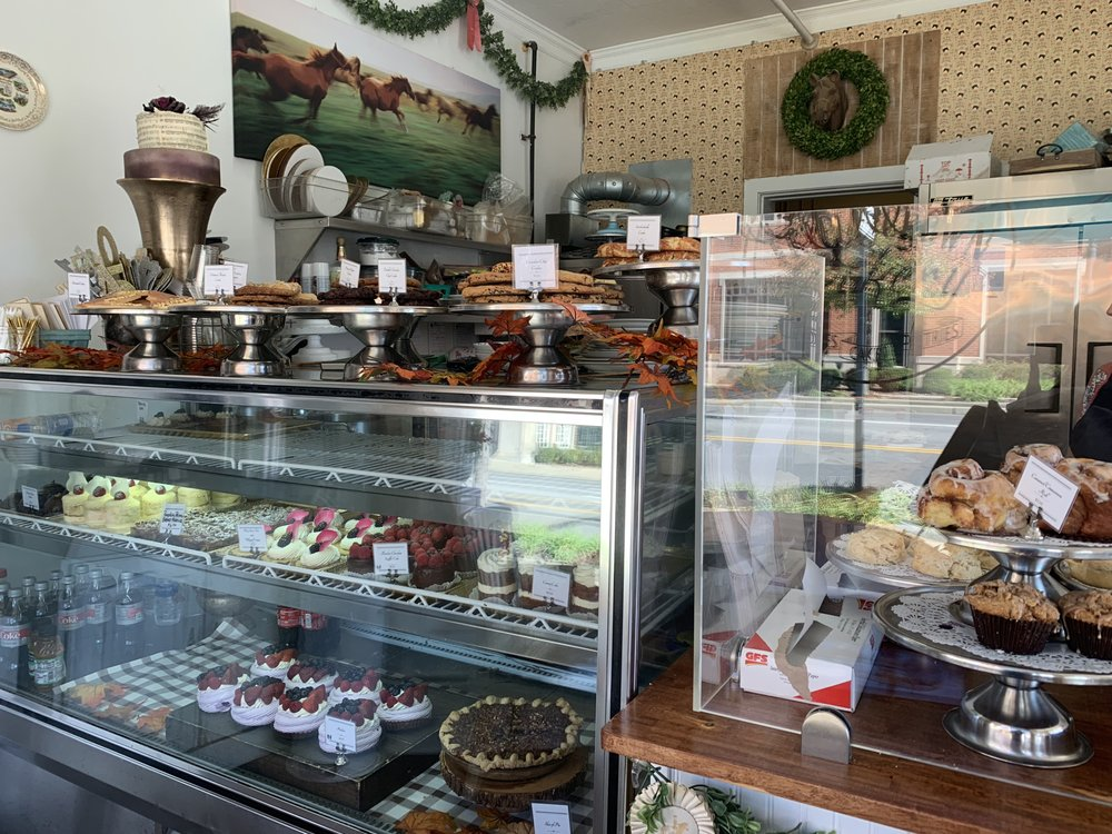 Triple Crown Bakery: 118 4th Ave N, Franklin, TN