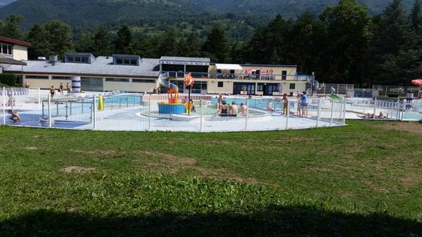 Piscine camping du morel sv mmehaller 239 chemin for Aigueblanche piscine