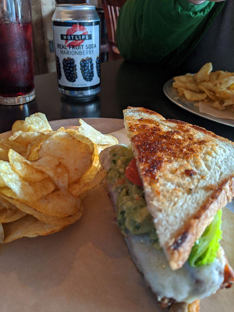 Growler Cafe: 43 W Grant St, Lebanon, OR