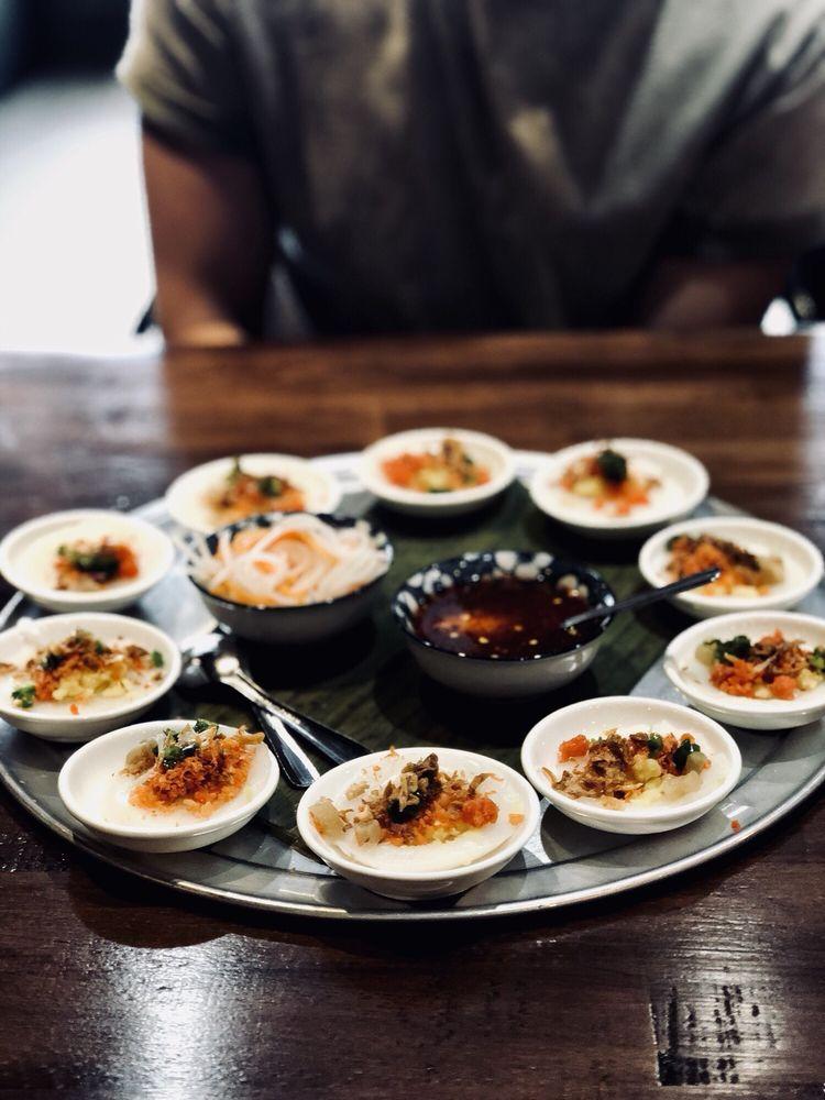 Hên Vietnamese Eatery: 2087 Marlton Pike E, Cherry Hill, NJ