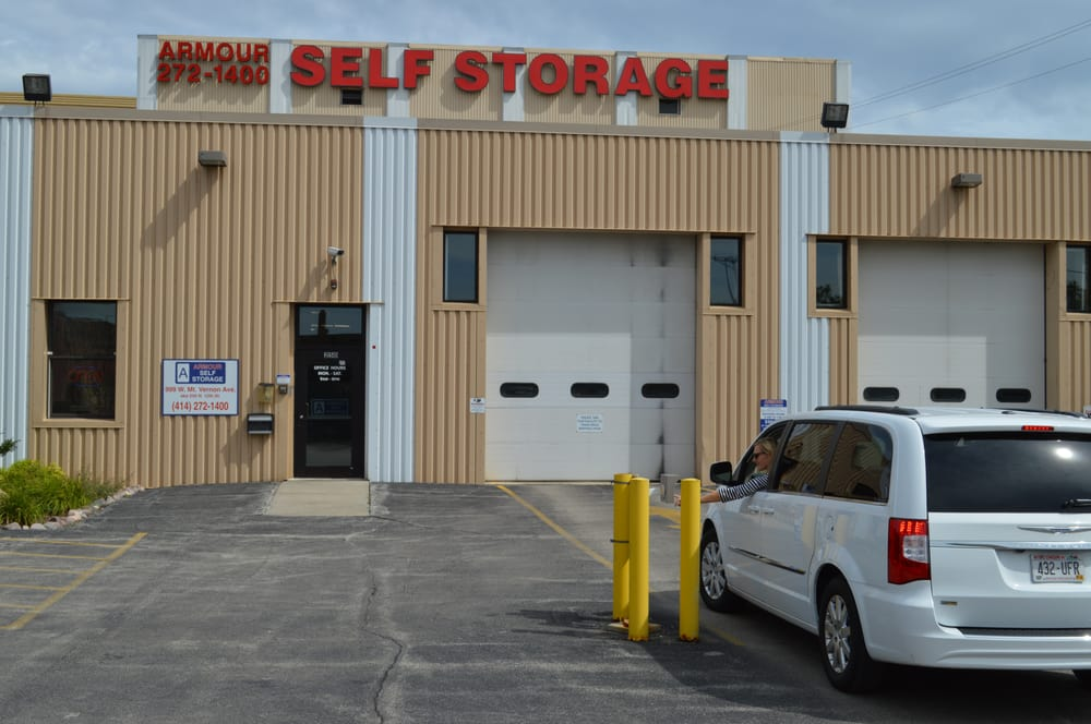 Armour Self Storage Closed 999 W Mount Vernon Ave Menomonee River Valley Milwaukee Wi Phone Number Yelp