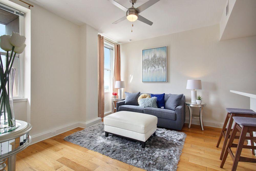 925 Common Luxury Apartments