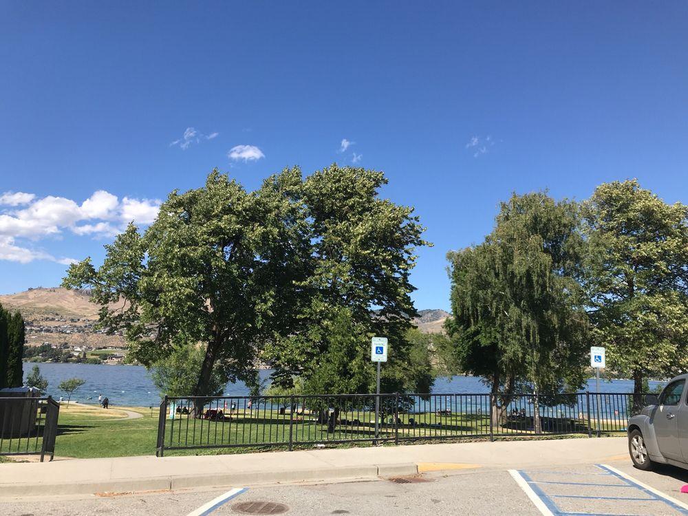 Lakeside Park: Rt 97A & Johnson Place, Chelan, WA