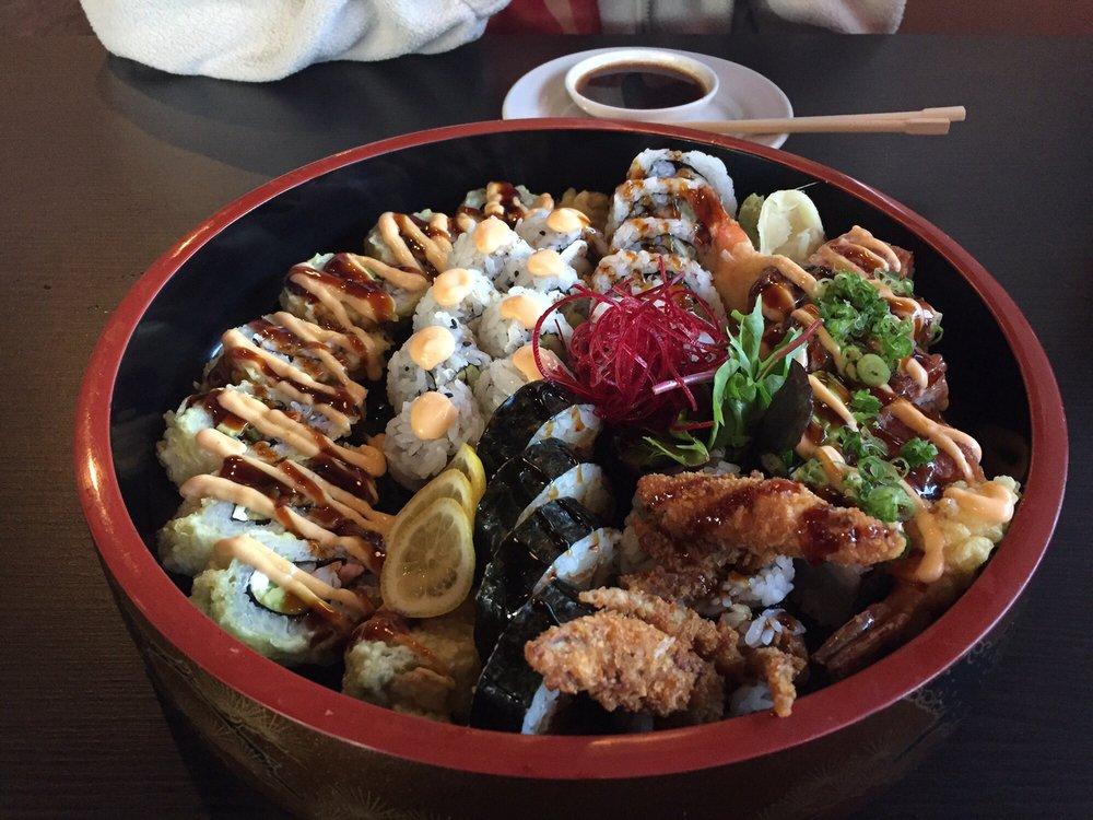 New Moon Sushi: 4231 S Florida Ave, Lakeland, FL