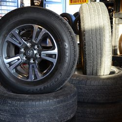 Used Tires Des Moines >> Earl S Tire 15 Photos Tires 4260 Nw 2nd St Des Moines Ia