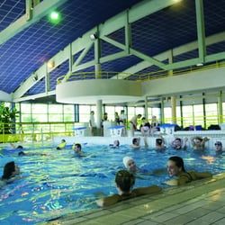 Centre nautique arc en ciel piscine 31 rue geisbourg for Piscine kaysersberg