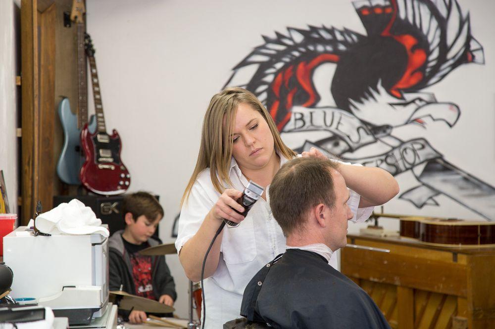 Blues barbershop 43 photos 46 reviews barbers 4706 - Barber vs hair salon ...