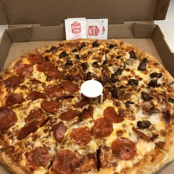 round table pizza - 31 photos & 43 reviews - pizza - 1139 grand