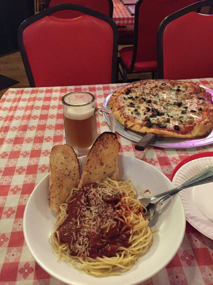 Tony's Italian Eatery: 645 N Louis Perras Rd, Colville, WA