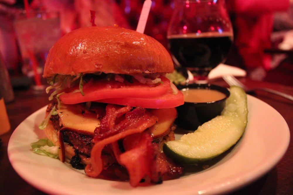 Redcoat Tavern: 31542 Woodward Ave, Royal Oak, MI