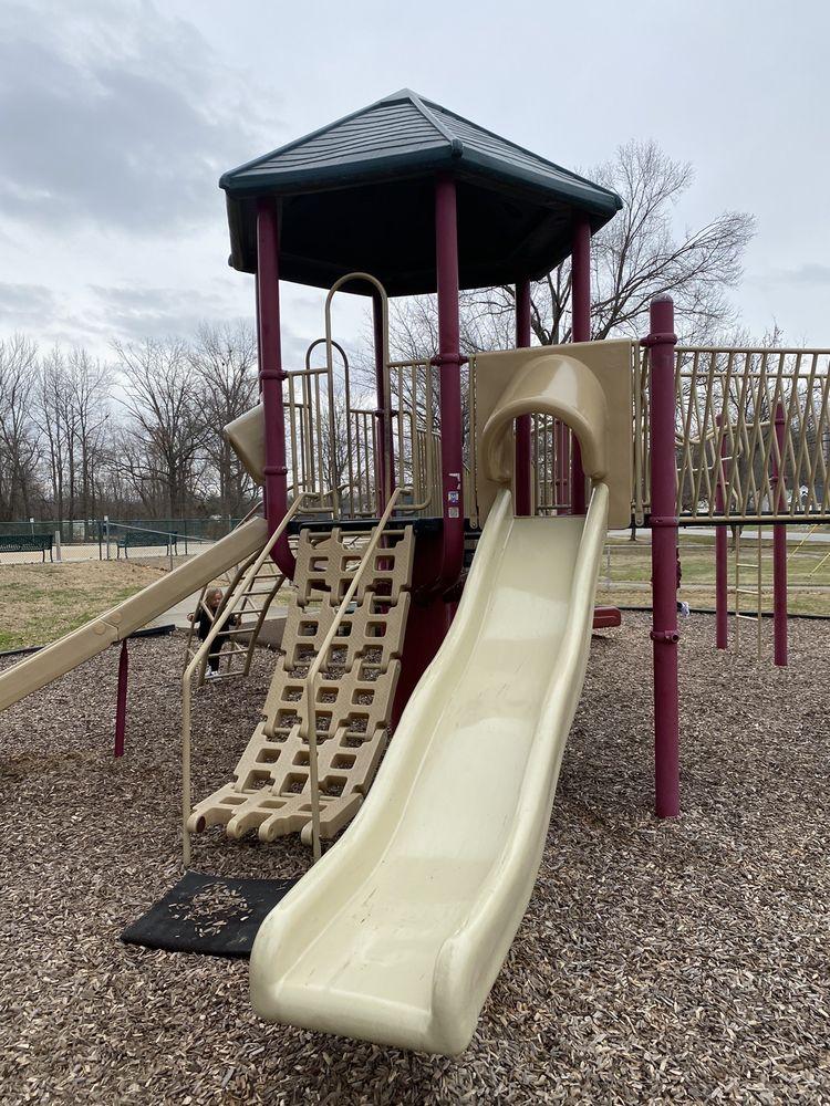 Nelson Hornbeck Park: 709 Fairdale Rd, Fairdale, KY