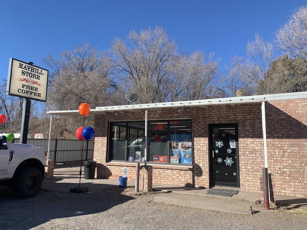 Mayhill Convenience Store: 3497 US - 82, Mayhill, NM