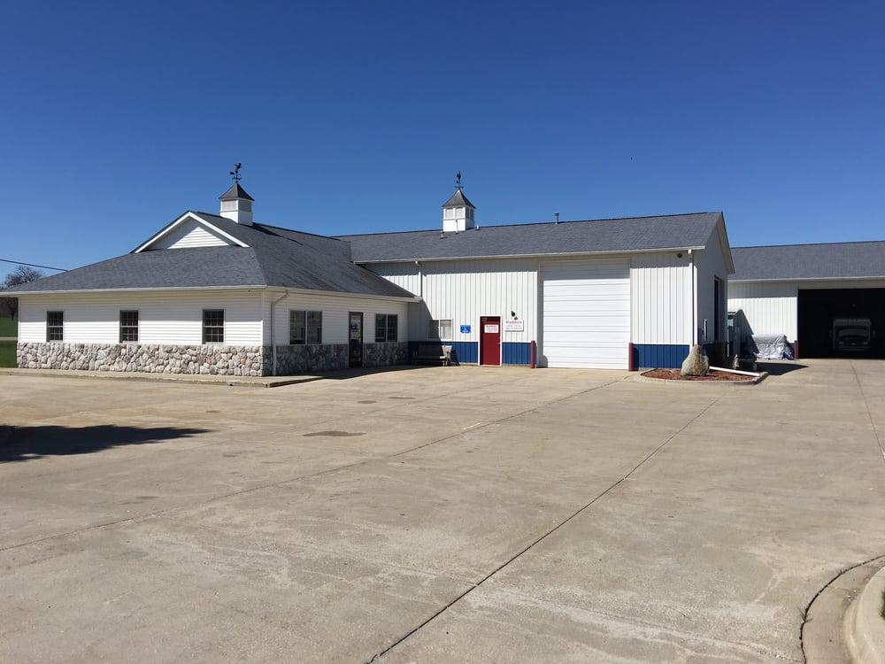 Aladdin's Cleaning & Restoration: 852 S Mapleleaf Rd, Lapeer, MI