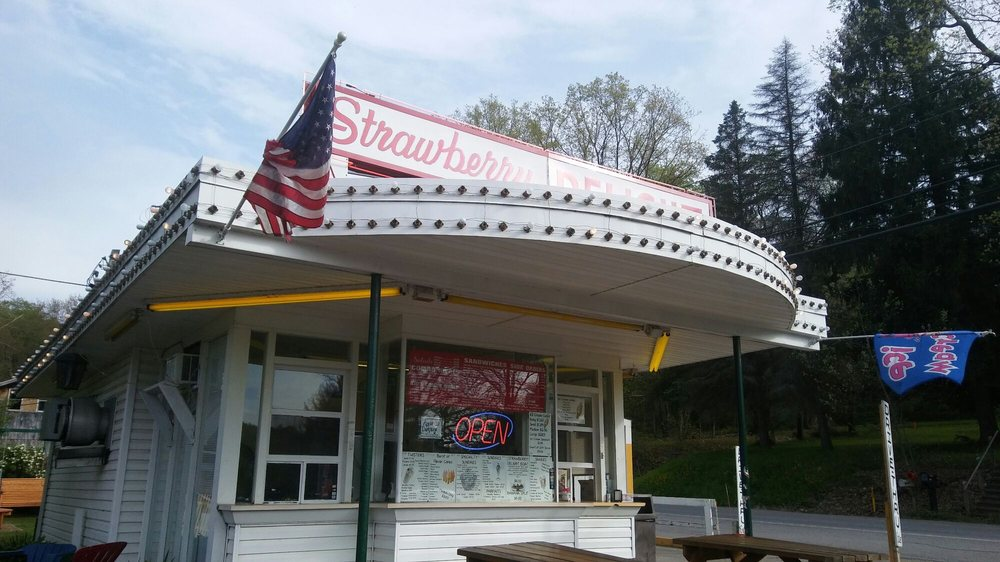 Strawberry Delight: US Rt 62/ 157, Oil City, PA