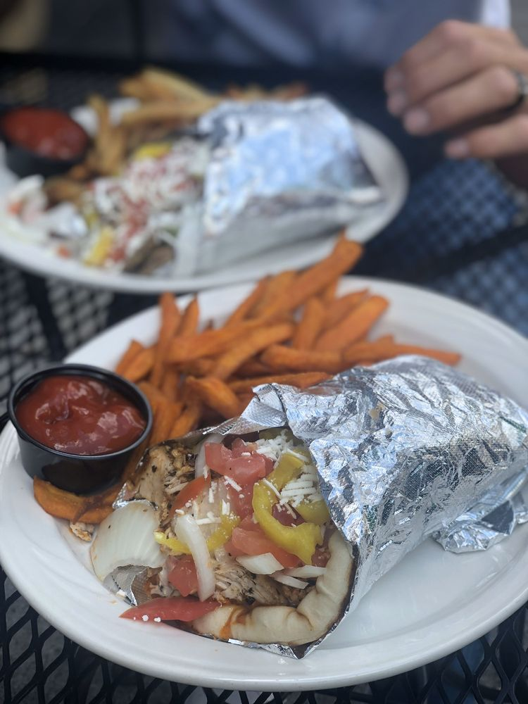 OPA Grill & Tavern: 18 S Sandusky St, Delaware, OH