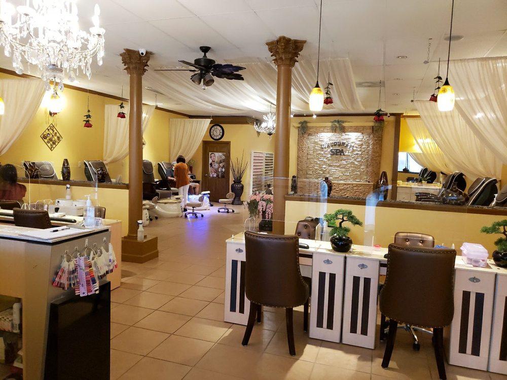 Luxury Nail & Spa: 111 E May St, Winder, GA