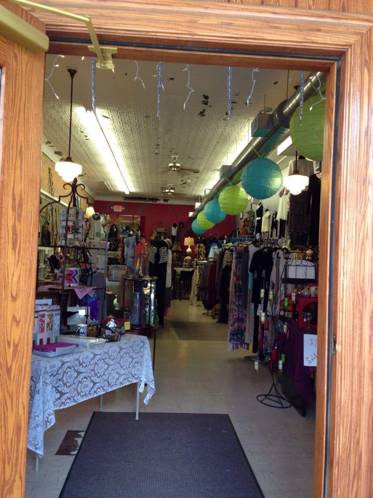 Shabby Rue: 69 Main St, Wellsboro, PA