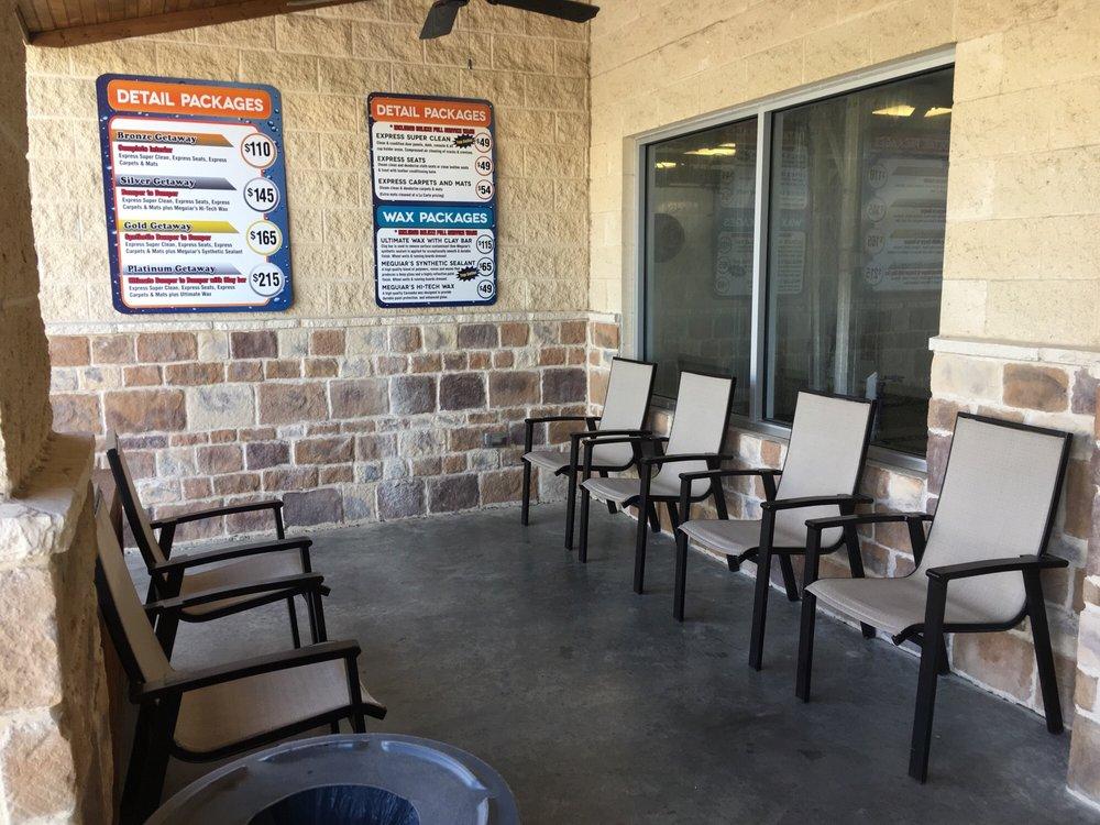 Clean Getaway: 3201 E Broad St, Mansfield, TX
