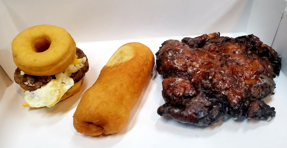 The Smokin' Donut: 101 W Fate Main Pl, Fate, TX