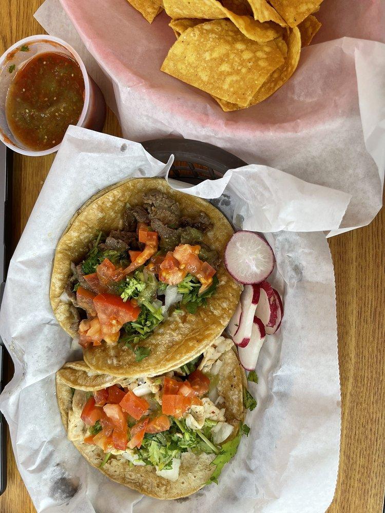 La Pasadita Cafe: 275 N Lee St, Forsyth, GA