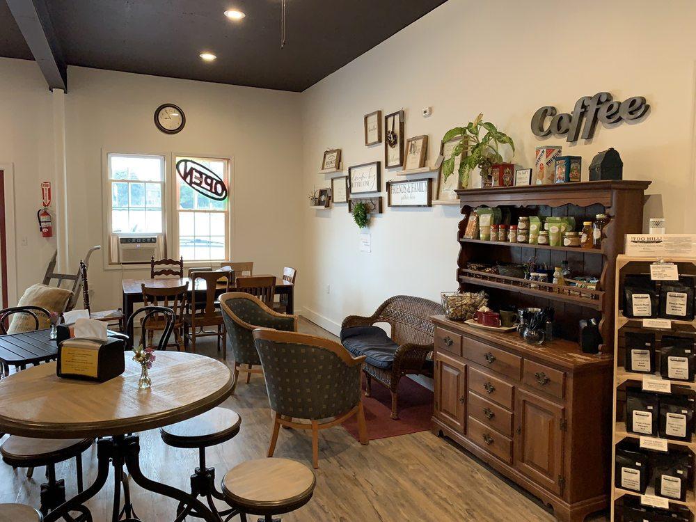 The PB & J Cafe: 7409 Utica Blvd, Lowville, NY