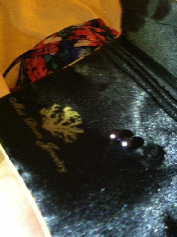 Twin pearls yelp for Maui divers jewelry waikiki